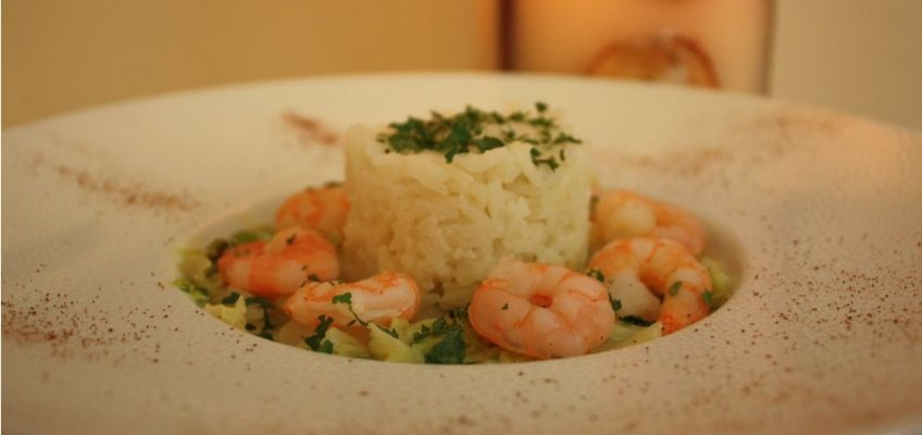 Choux chinois aux crevettes et riz parfumé