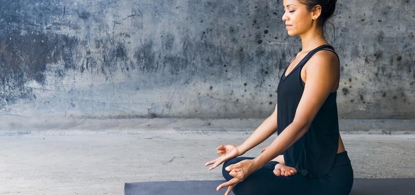 8 astuces pour votre coin yoga et méditation